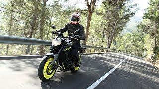 getlinkyoutube.com-Yamaha MT-09 (2016) Road Test & Review | Bike Social