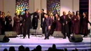"getlinkyoutube.com-Richard Smallwood with Vision!""Hold On,Don't Let Go!"""