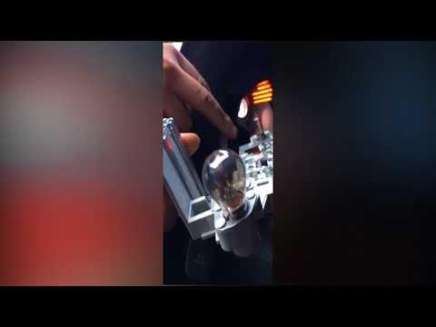 Замена лампы стоп-сигнала на Volvo S60