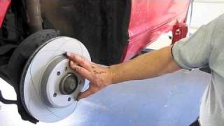 getlinkyoutube.com-BMW E46 3 series Front Brake Replacement