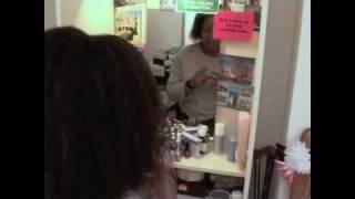 getlinkyoutube.com-Yellow Babes - A skin bleaching documentary (part 1)