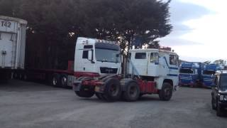 getlinkyoutube.com-Scania 141 longline and 142