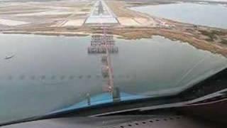 getlinkyoutube.com-KLM Boeing B747-400 Landing at New York JFK Cockpit view