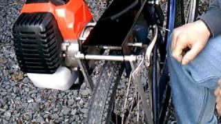 getlinkyoutube.com-RoadBug Bicycle Engine Kit, Motorized Bike - Drive Roller Change