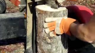 getlinkyoutube.com-Log Splitter with Homemade 4 way wedge