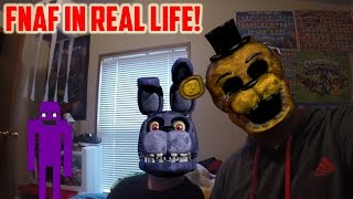 getlinkyoutube.com-How To Play Five Nights At Freddy's In Real Life (Real FNAF Game Played With Family)