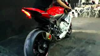 "getlinkyoutube.com-เสียงท่อ Akrapovic R1 2015 ""Zeuz Superbike Performance"""