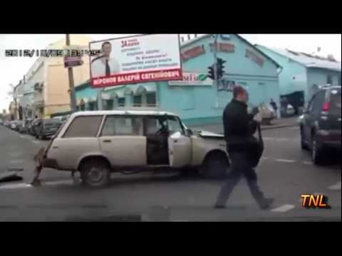 Accidente rutiere in Rusia 2012.webm