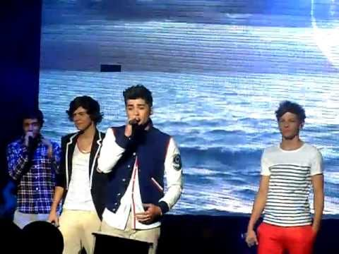 Moments - One Direction - Manchester 23/12/2011 (Good Quality)