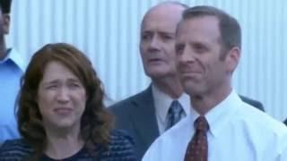 getlinkyoutube.com-The Office - Season 9 Bloopers