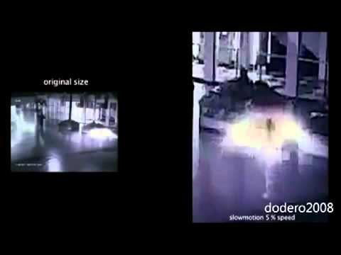 TIME TRAVELLER CAUGHT ON SURVEILLANCE CAMERA  ( EXTRATERRESTRIAL )