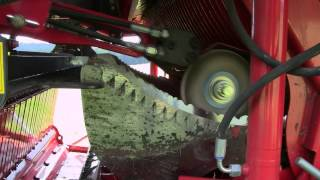 Pottinger Torro loader wagon equipped with the innovative autocut sharpening system.