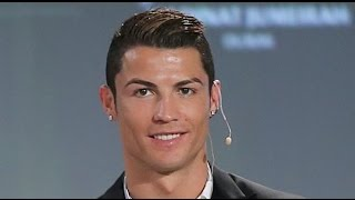 getlinkyoutube.com-Cristiano Ronaldo Hafal Surah Al Fatihah