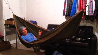 getlinkyoutube.com-How To Comfortably Sleep in A Hammock - 4 Camping Tips