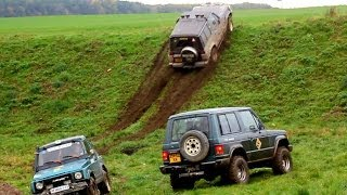 getlinkyoutube.com-Off-road:Pajero-Samurai-Niva VS mount.4x4.