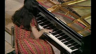 getlinkyoutube.com-Martha Argerich - Octaves