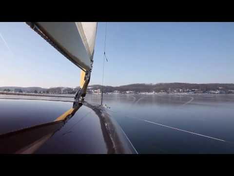The perfect ice - Ice boats on Lake Geneva