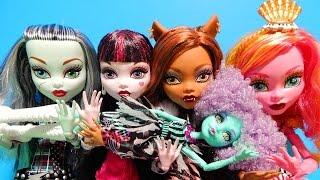 getlinkyoutube.com-Monster High 17 Inch Dolls Frightfully Tall Ghouls Frankie Clawdeen Draculaura Toy Deboxing Review