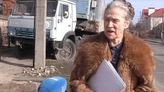 В Днепропетровске 5 лет стоит ничейный КАМАЗ