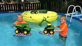 getlinkyoutube.com-John Deere Excavator Toys in the Pool!