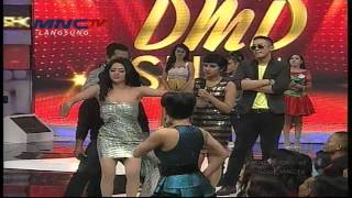 getlinkyoutube.com-Yuni Shara dan Dewi Persik Joget Koplo - DMD Show MNCTV