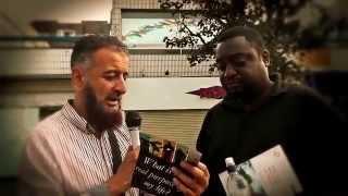 getlinkyoutube.com-Wajib Liat!!! Debat jalanan Islam VS Murtadin Inggris (TEKS INDO TEKAN TOMBOL TRANSLATE)