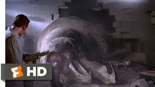 getlinkyoutube.com-Tremors (8/10) Movie CLIP - The Wrong Rec Room (1990) HD