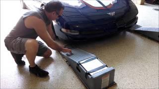getlinkyoutube.com-Corvette drive car up on ramps by froggy