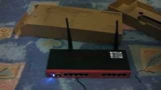 getlinkyoutube.com-Mikrotik RB2011UAS-2HnD-IN Revisión