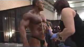 getlinkyoutube.com-bodybuilding.it presenta PRO TAN, il miglior abbronzante per gare al Mondo!
