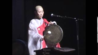 getlinkyoutube.com-한동희 스님(소리·징) 불교음악 '회심곡' Donghui Han: Korean buddhist song 'Hoisim-gok' 2006년 국악음반박물관 촬영본