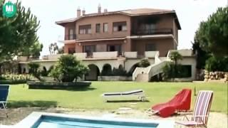 getlinkyoutube.com-Sexy clip La moglie vergine Edwige Fenech Italian Film