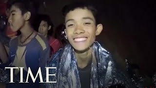A-Second-Video-From-The-Cave-Shows-Thai-Navy-Seal-Treating-Boys-Cuts-TIME width=