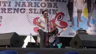 getlinkyoutube.com-Slank - Konser Sore-Sore Anti Narkoba Bareng Slank Part 2 (Live Performance)
