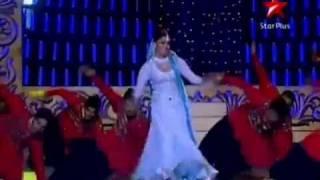 getlinkyoutube.com-HQ: Aishwarya Rai LIVE Performance @ Screen Awards 2011
