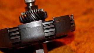 getlinkyoutube.com-vespa original clutch with HONDA LININGS px old 7spring FMPguides