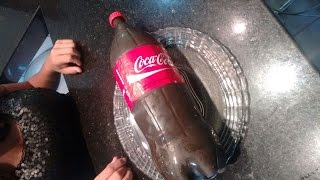 getlinkyoutube.com-Como fazer um bolo de Coca Cola
