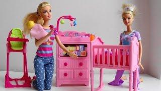 getlinkyoutube.com-Barbie Doll Baby Sitter calls Disney Princess phone Barbie Puppy Tuffy help Barbie Doctor car  toy