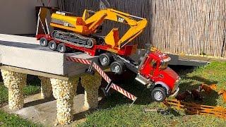 getlinkyoutube.com-BRUDER Toys Truck Mack crash in Bridge!