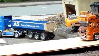 RC-Trucks beim Rodaer Eichefest
