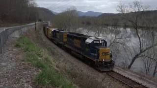 getlinkyoutube.com-Two Trains on the CSX James River Subdivision