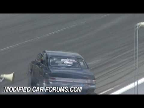 Drag Racing almost crashes