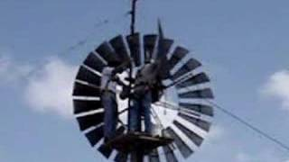 getlinkyoutube.com-A 10' Dempster Windmill with a Gin Pole Installation