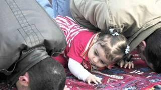 getlinkyoutube.com-Baba ki raani hon''(Touching Sad Song)