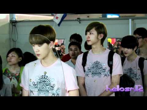 120610 EXO-K ChanYeol, Sehun, Kai@Immigration of Taiwan Taoyuan International Airport Part 1/2