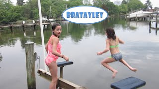 getlinkyoutube.com-Stop! There's a Snake in the Water! (WK 228.5) | Bratayley