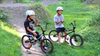 getlinkyoutube.com-BMX im TS Dirtpark mit den Kids