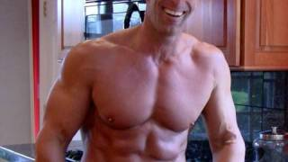 getlinkyoutube.com-Healthy meals for students and other busy people: 6-pack abs and gain muscle with good nutrition