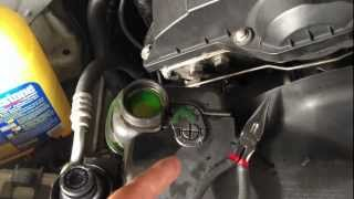 getlinkyoutube.com-HOW TO Remove Air Bubbles From Your Radiator/Engine Block 97-03 BMW 5-SERIES E39 528I 540I M5 M52