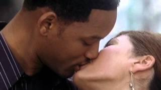 getlinkyoutube.com-Hitch Kiss Scene